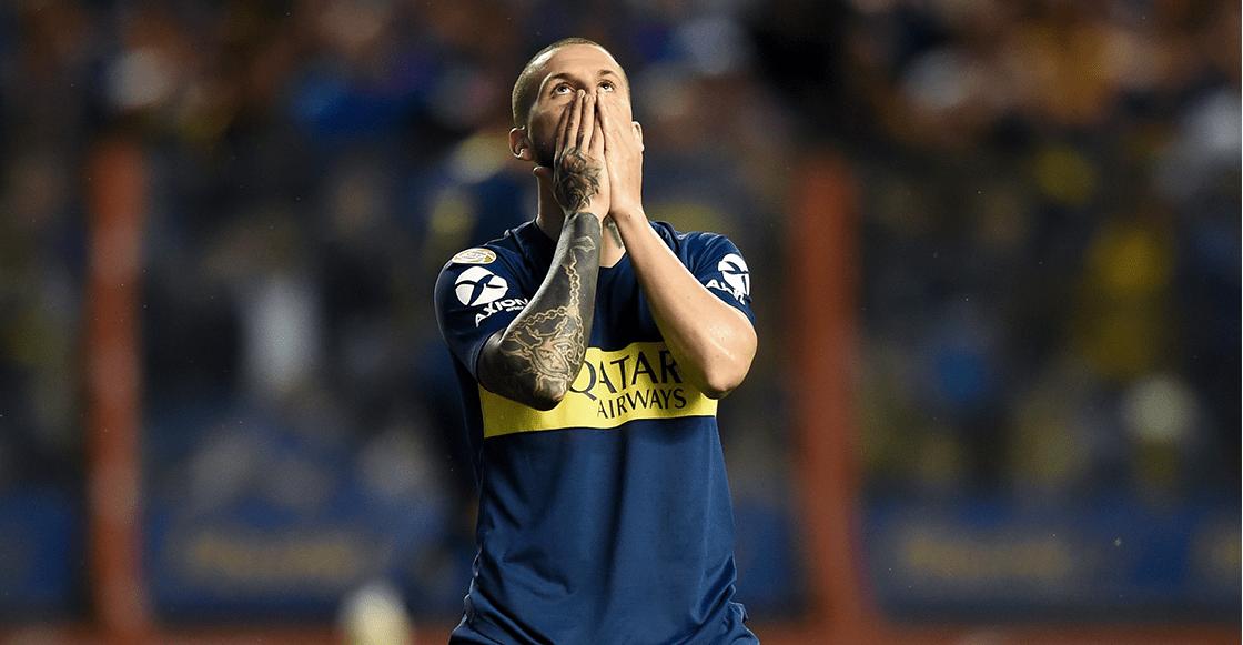 Benedetto respondió a las críticas y confirmaron su lesión