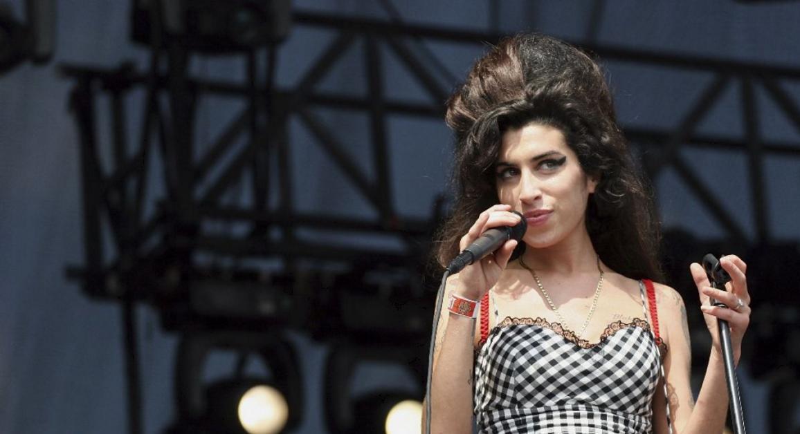 Amy Winehouse regresará a los escenarios como un holograma y saldrá de gira