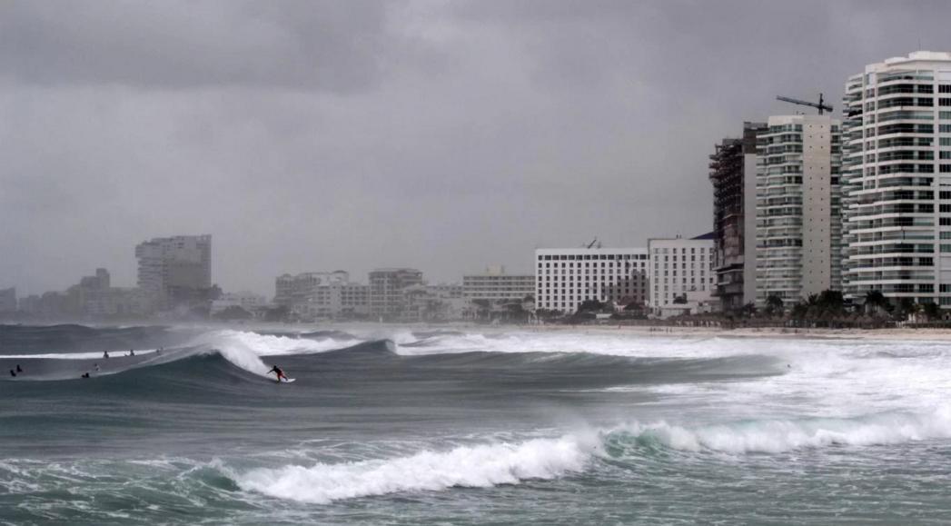 Florida se prepara para el «monstruoso» huracán Michael