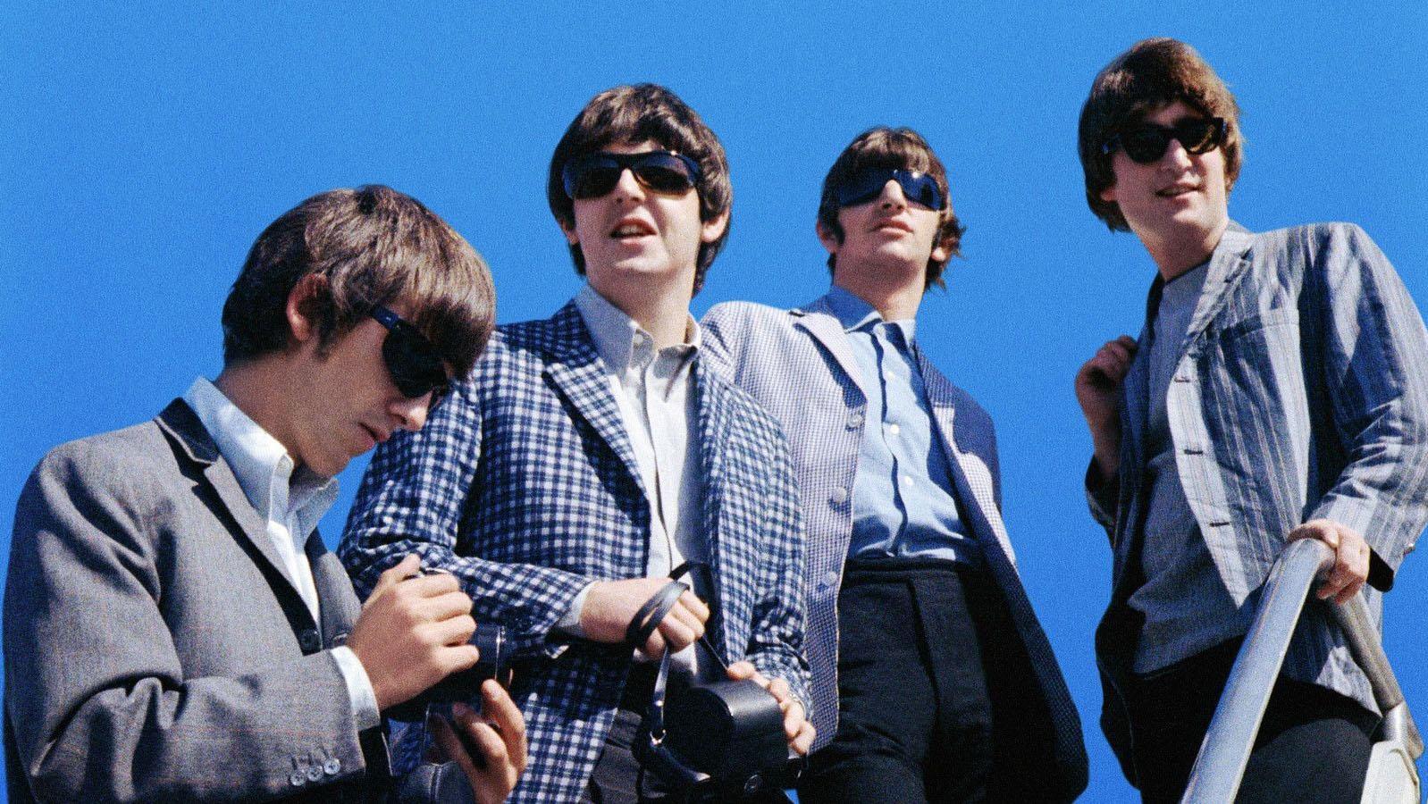 Subastaron el primer contrato firmado entre Los Beatles y Brian Epstein