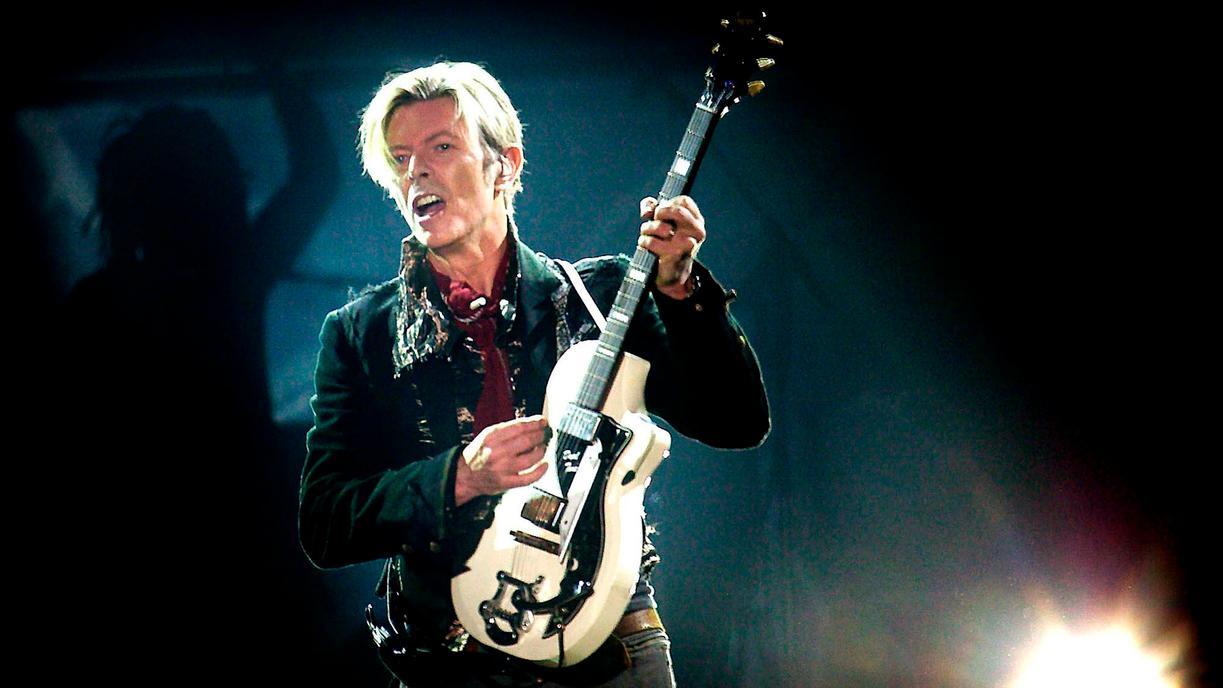 """David Bowie fue elegido """"el artista más grande del siglo XX"""""""