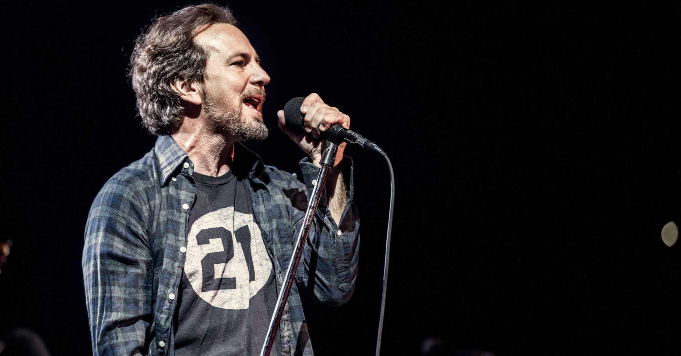 """Eddie Vedder versiona una de las canciones de """"A Star Is Born"""""""