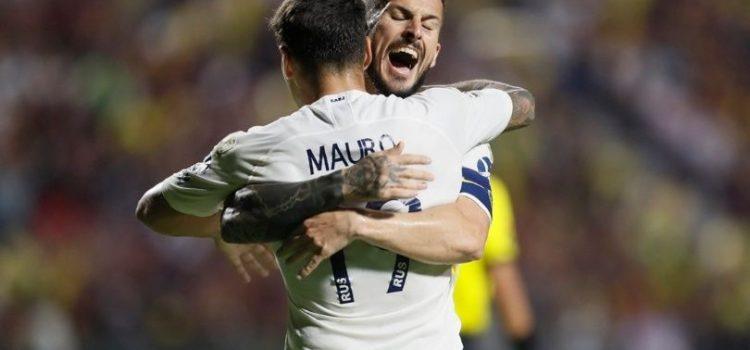 Boca reaccionó a tiempo y se llevó un empate que lo acercó a octavos de final de la Copa Libertadores