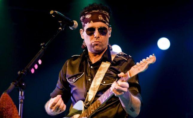 Andrés Calamaro anuncia más fechas de su gira nacional