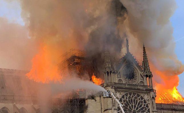 Hablamos con Marcelo Lorelli sobre el incendio en la Catedral de Notre Dame