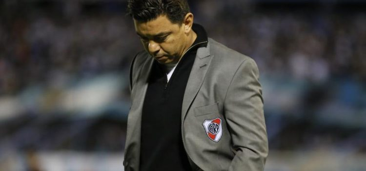 River va por la remontada ante Atlético Tucumán
