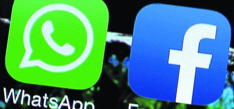 Facebook empieza a integrarse con WhatsApp y ahora permite compartir estados