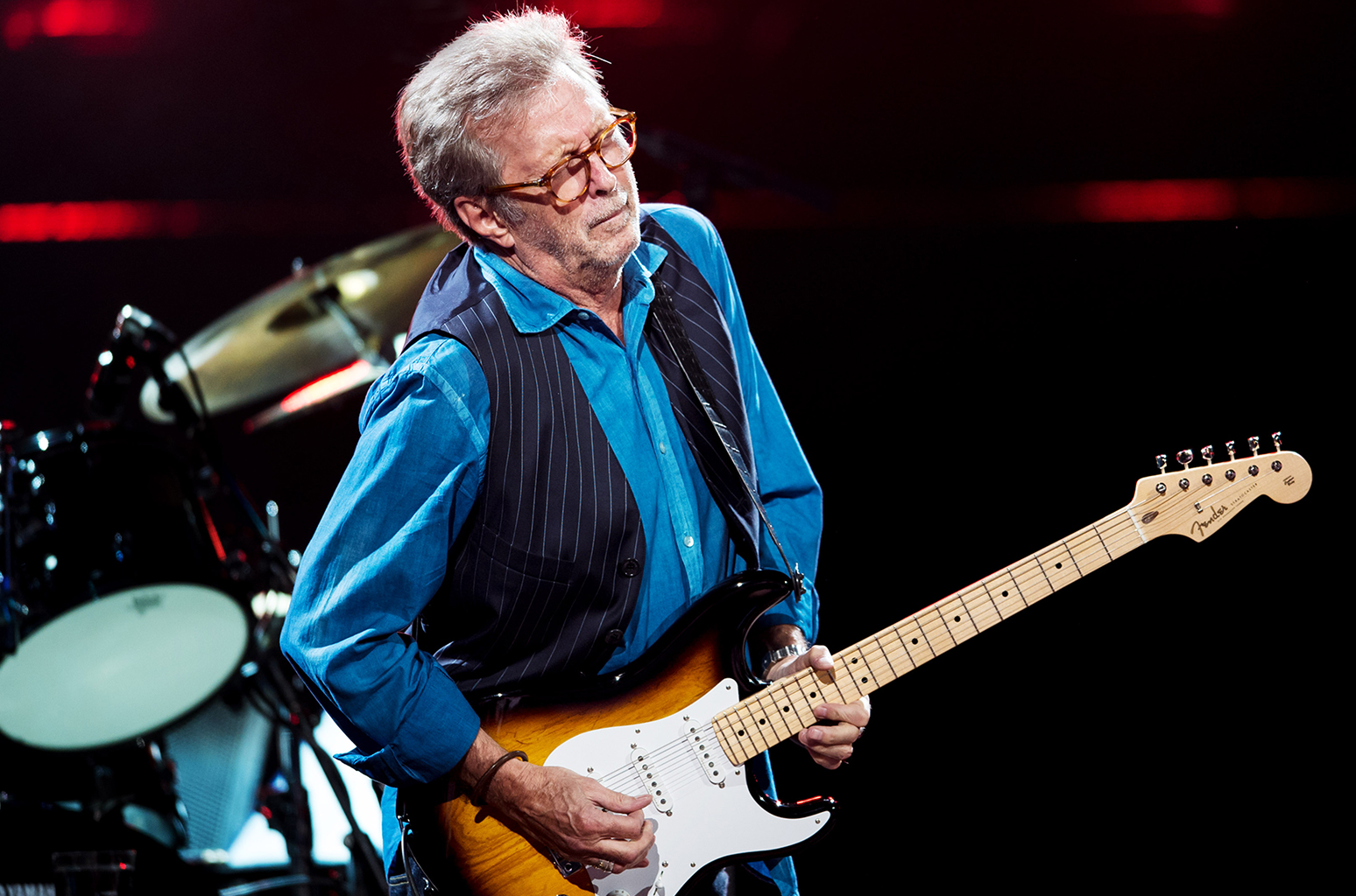 """Eric Clapton interpretó en vivo """"Purple Rain"""""""