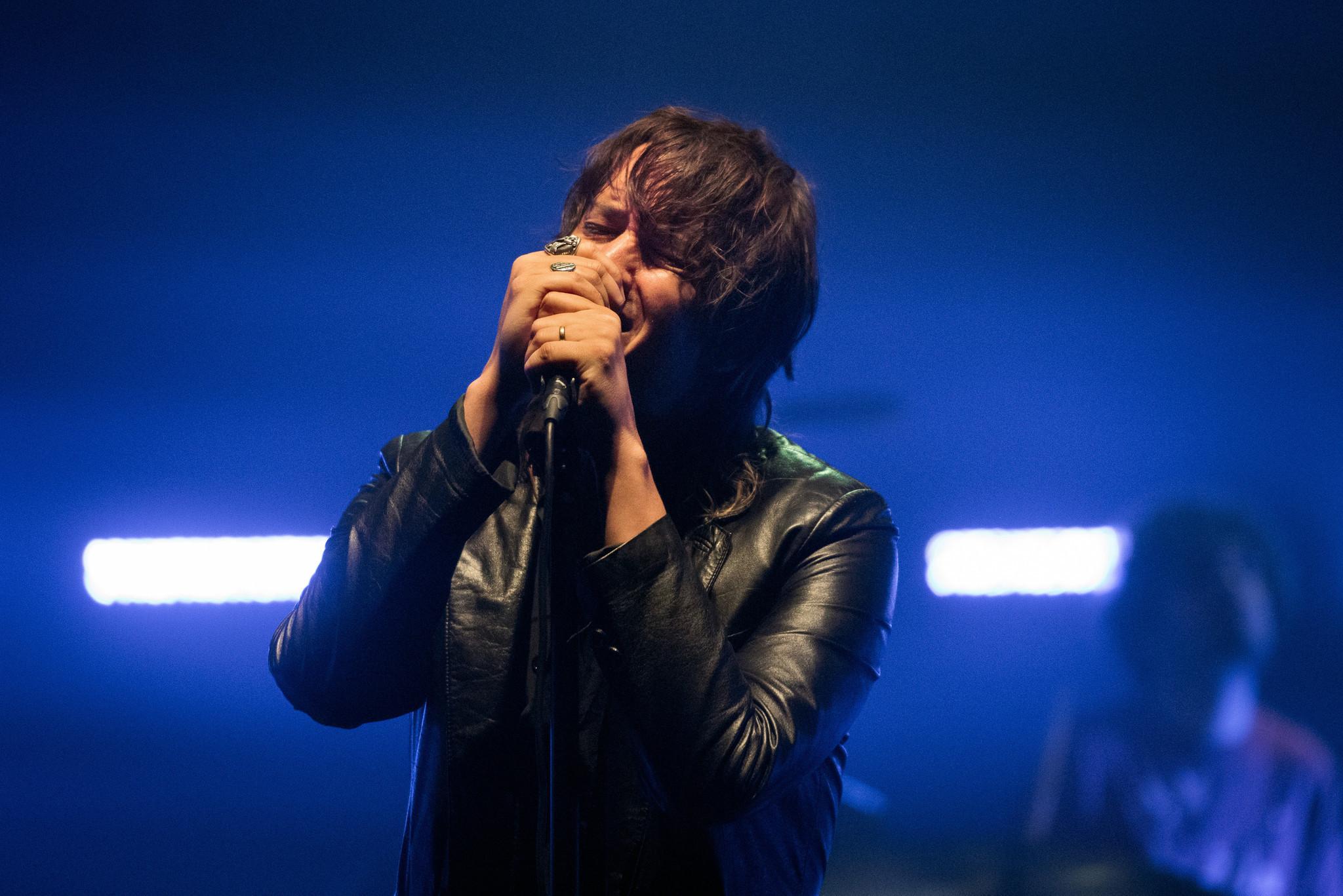 """The Strokes estrena nueva canción en vivo: """"The Adults Are Talking"""""""