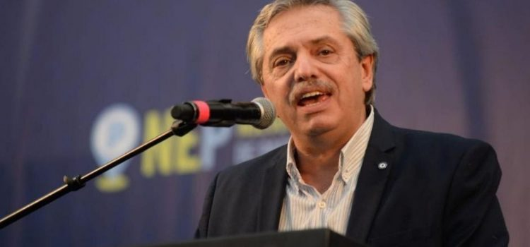 Ariel González explicó qué es una «inflamación en la pleura», lo que aqueja a Alberto Fernández
