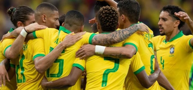 Brasil va por la clasificación ante Venezuela