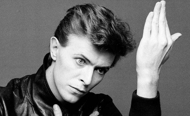 """Publican un nuevo video de """"Space Oddity"""" de David Bowie para celebrar su 50º aniversario"""