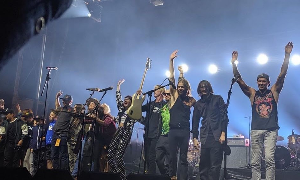 Miembros de Pearl Jam, Foo Fighters, Guns N' Roses y Red Hot Chili Peppers tocaron juntos