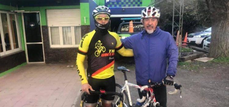 Mario Juliano llegó a La Plata y superó los 125mil pesos recaudados para el hospital
