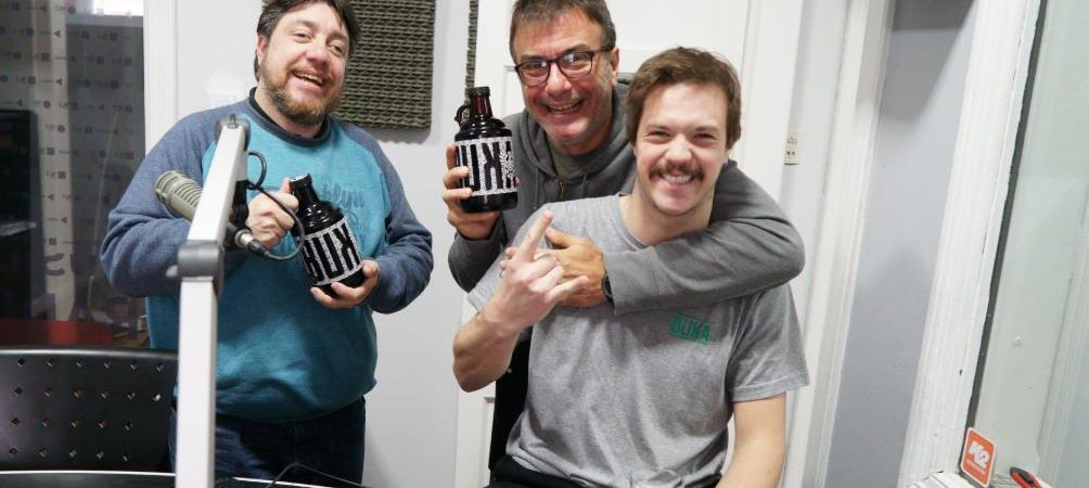 Manolo Rodríguez de Bukarest mostró las cervezas que van a estar en la Fiesta del Rock