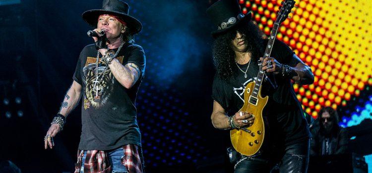 Slash descarta que Guns N' Roses sea parte de Terminator, pero confirma nuevo material