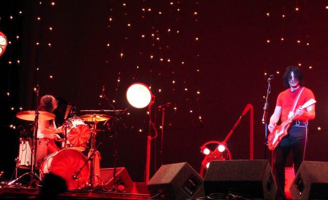 The White Stripes lanza un disco en vivo de su última presentación